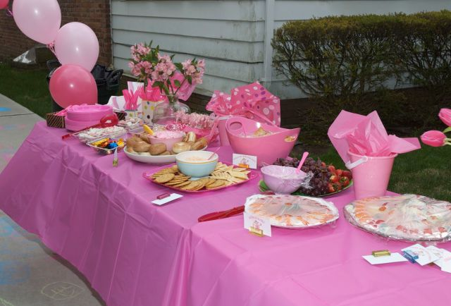 Pinkalicious Party Food Table