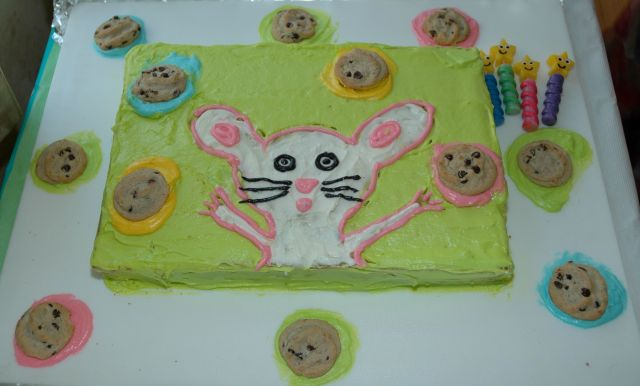 Mouse Cookie Cake