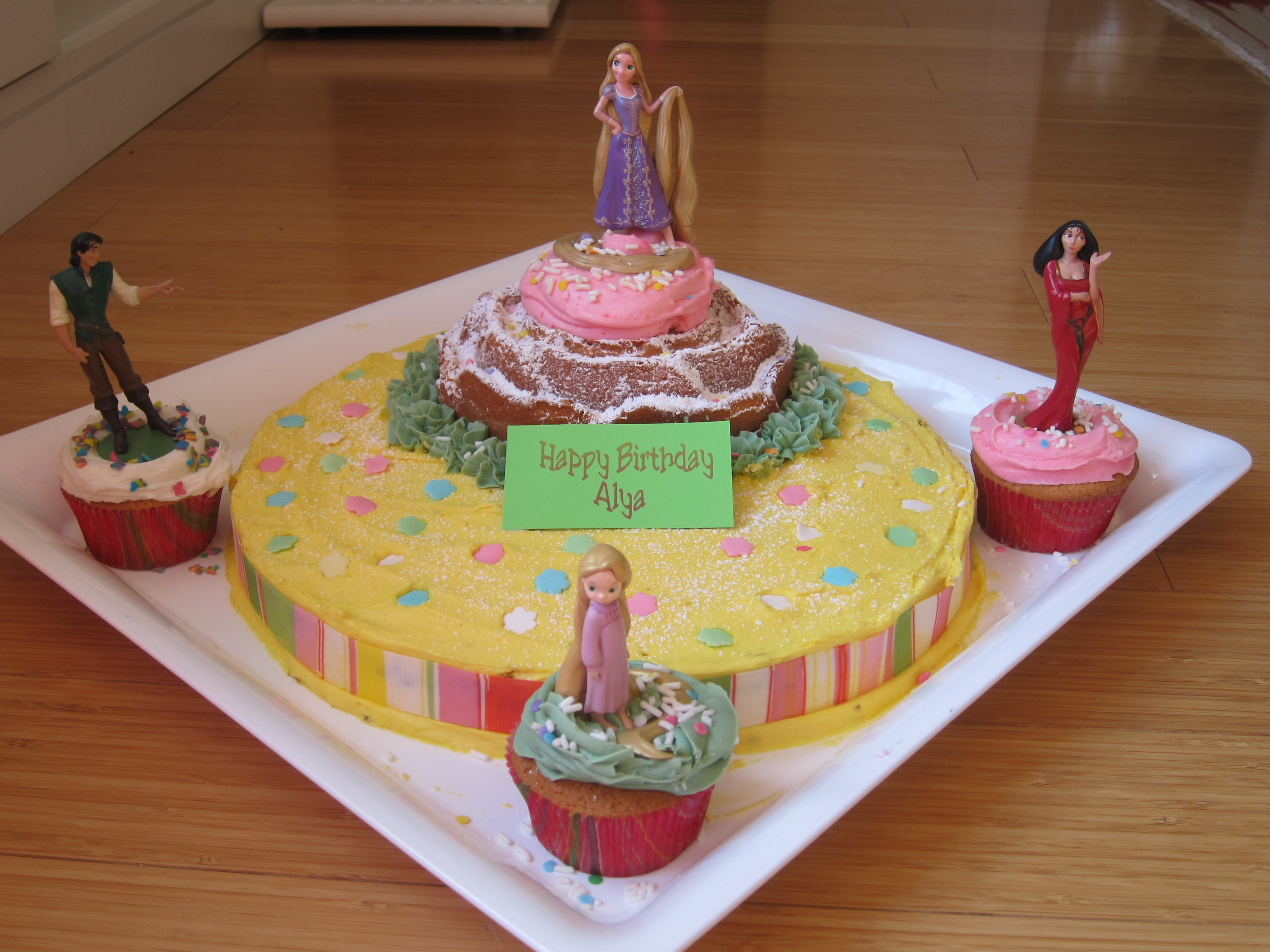 easy cake ideas for Tangled Rapunzel Cake The Restaurant Fairys