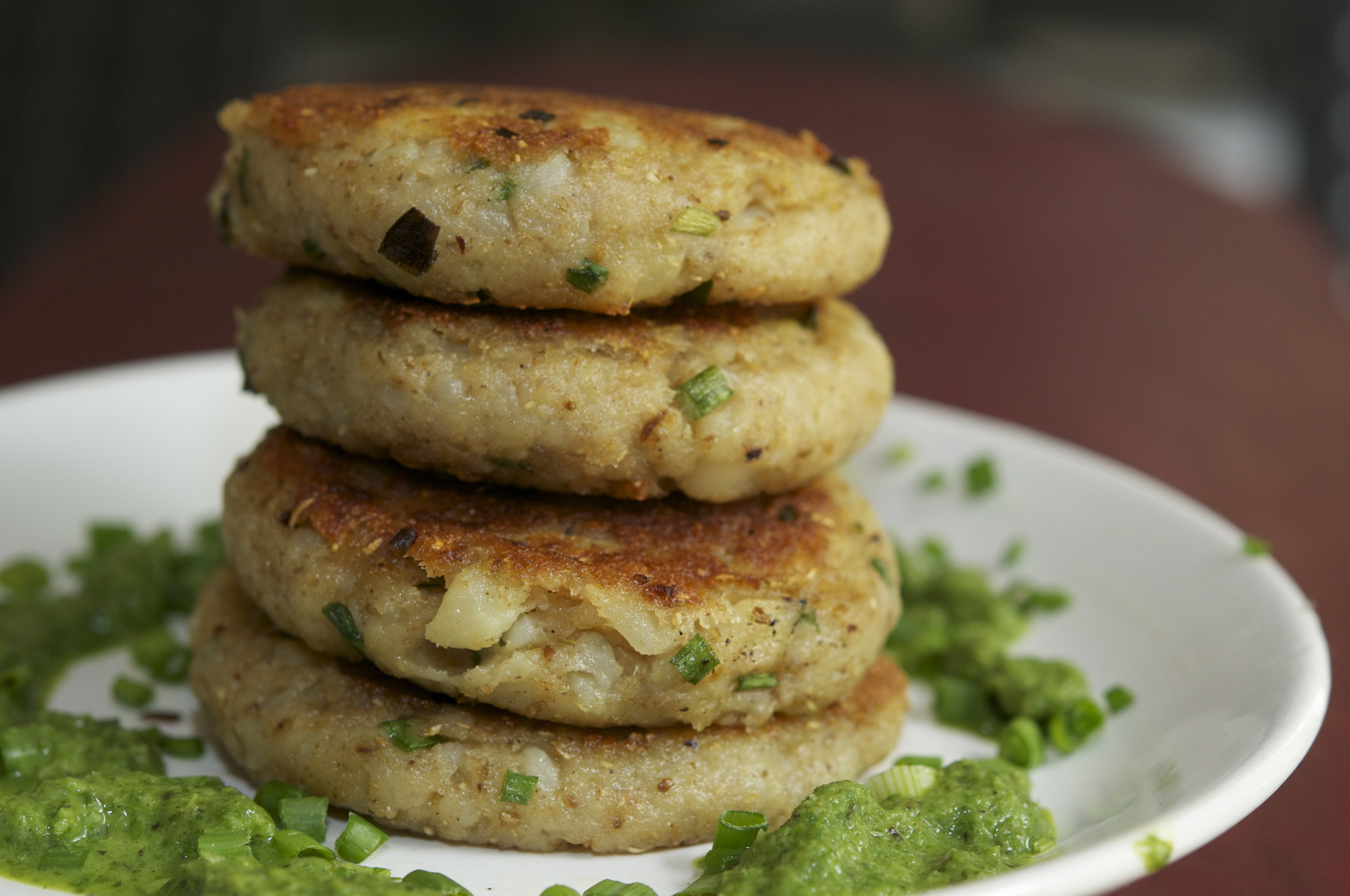 Aloo tikki indian potato cutlets the restaurant fairys kitchen aloo tikki forumfinder Gallery