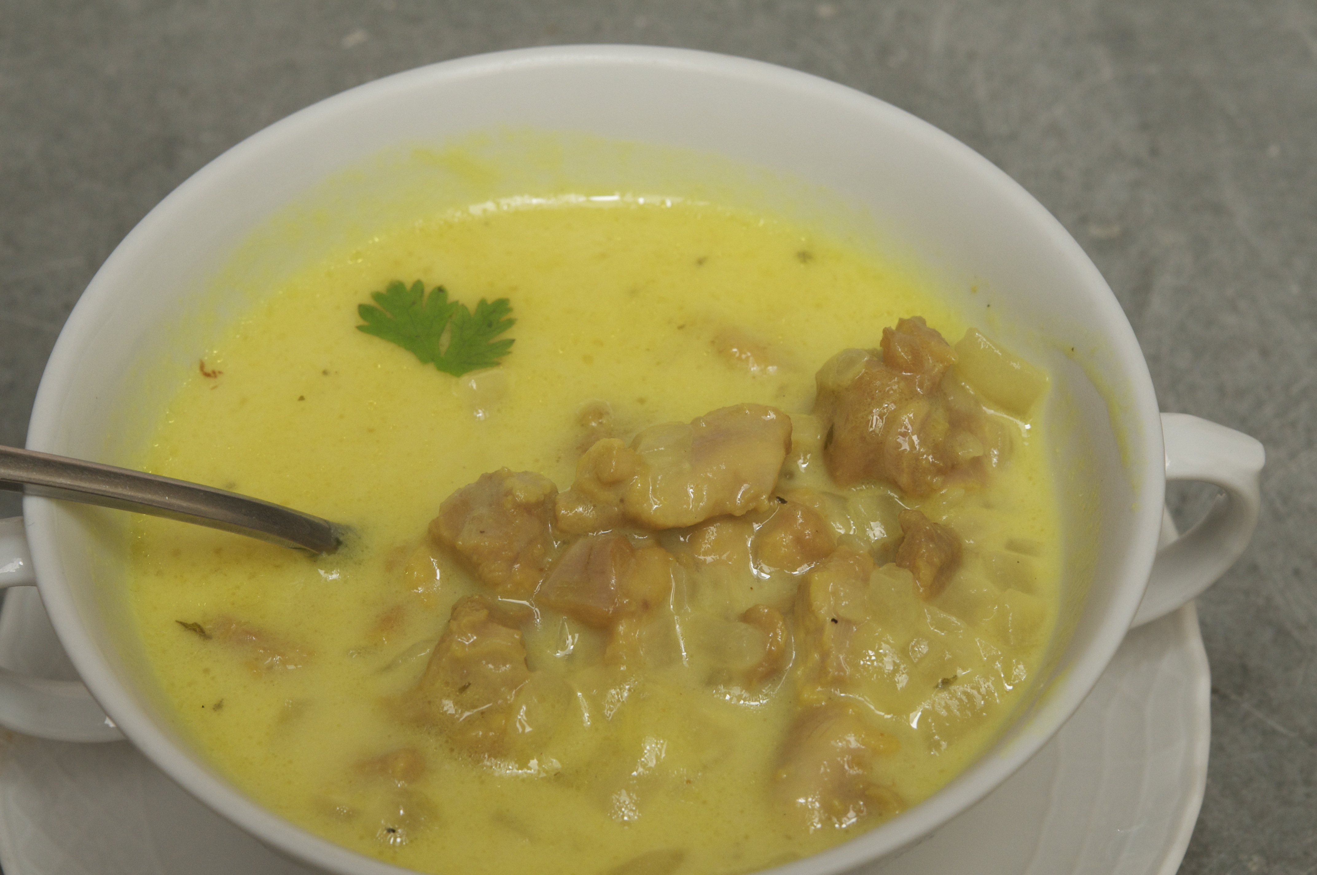 ... easy madhur jaffrey s easy healthy quick and easy soups mulligatawny